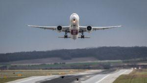 flugzeug-flughafen-abflug-start-1555434